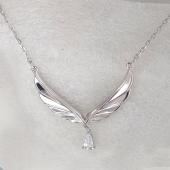 Колье Крылья Ангела с фианитом на якорной цепочке, серебро