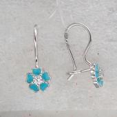 Серьги Ромашка из сердец с голубой эмалью и фианитом, серебро