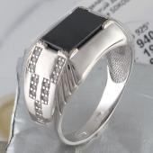 Кольцо мужское с прямоугольным ониксом и фианитами, серебро