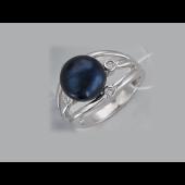 Кольцо с черным жемчугом и фианитами из серебра