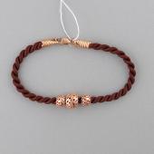 Браслет текстильный шнурок коричневый с ажурными серебряными шариками с позолотой