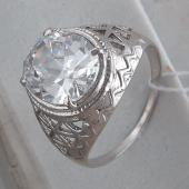 Кольцо с горным хрусталем из серебра 925 пробы