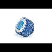 Кольцо-перстень с имитацией аквамарина и фианитами, серебро