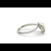 Кольцо с 7 бриллиантами и жемчугом, белое золото