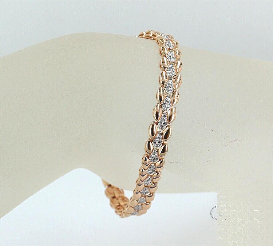 Фото золотых браслетов на женскую руку