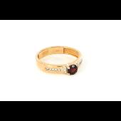 Кольцо с гранатом и фианитами, красное золото