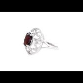 Кольцо с гранатом и фианитом, серебро