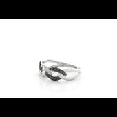 Кольцо Цепь с чёрными и белыми бриллиантами, белое золото