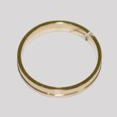Обручальное кольцо, желтое золото, канавка по центру 4.2мм