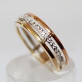 Кольцо Тринити с фианитами, белое желтое и красное золото