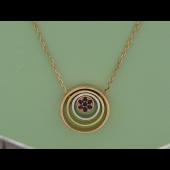 Колье Викс многослойные кружочки на якорной цепи с рубинами в центре, красное белое и желтое золото