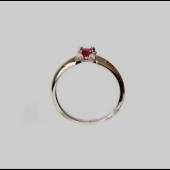 Кольцо с большим круглым сапфиром, рубином и бриллиантами, белое золото