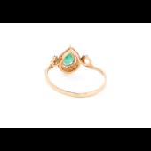Кольцо Капелька с бриллиантами и изумрудом, красное золото