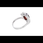 Кольцо с гранатом и фианитами, серебро