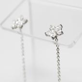 Серьги-продевки Цветок с фианитами, белое золото