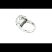 Кольцо Сердце с белым агатом и фианитами, серебро