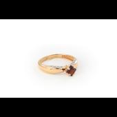 Кольцо с квадратным гранатом и фианитами из красного золота 585 пробы